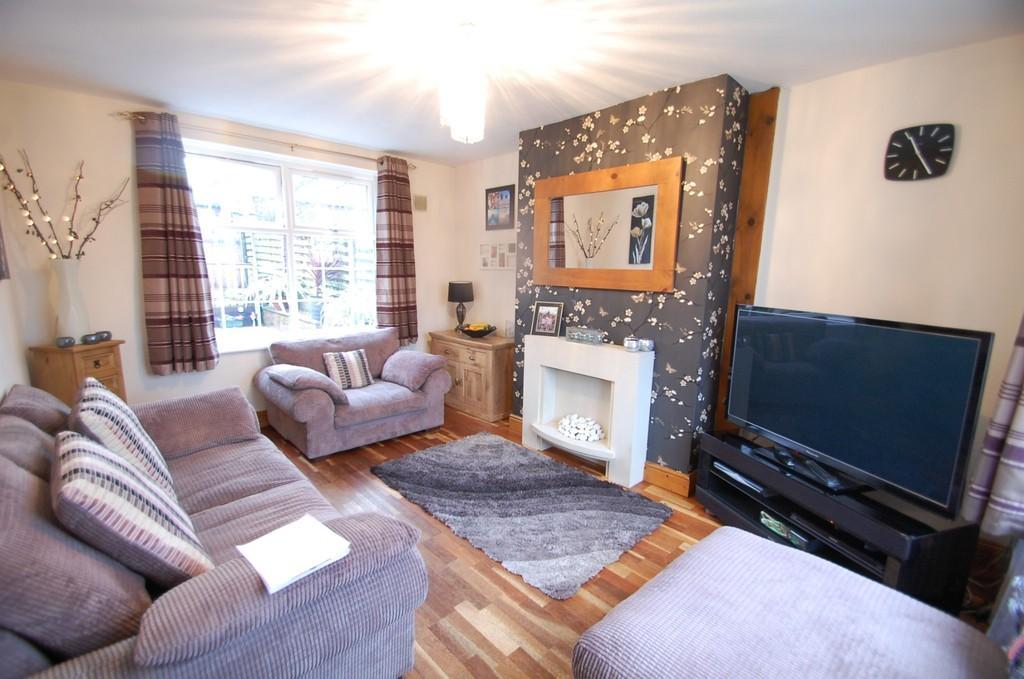 3 Bedrooms Semi Detached House for sale in Beryl Avenue, Roe Lee, Blackburn