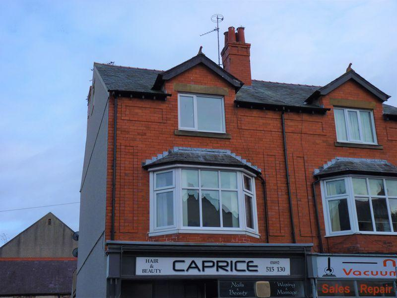 3 Bedrooms Maisonette Flat for sale in Cefn Road, Old Colwyn, LL29 9PN