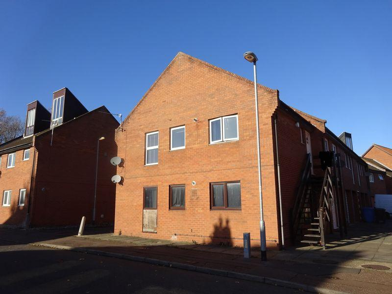 1 Bedroom Apartment Flat for sale in Brampton Court, Clover Hill, Norwich