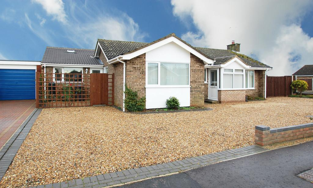 3 Bedrooms Detached Bungalow for sale in Thirlby Road, North Walsham