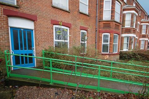 3 bedroom ground floor flat for sale - Cromer Road, Sheringham