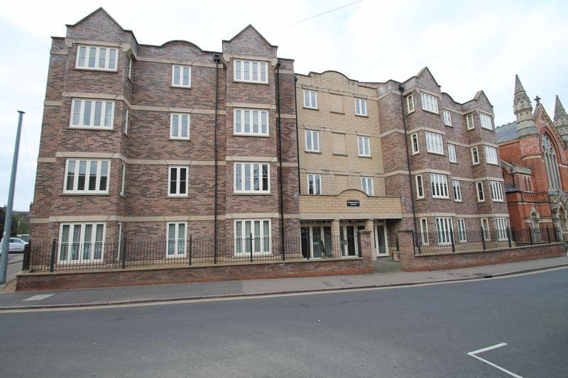 3 Bedrooms Apartment Flat for sale in Broad Street, Spalding