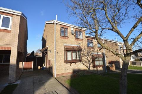 2 bedroom semi-detached house to rent - Ferndale Drive, Bramley
