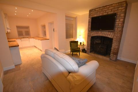 3 bedroom terraced house to rent - Prescot, St Helens