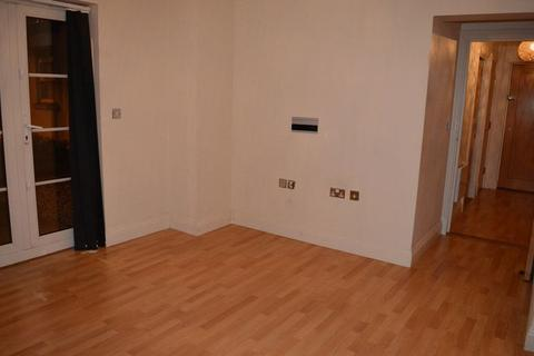 2 bedroom apartment to rent - Forge Way, Southend-On-Sea