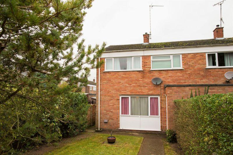 3 Bedrooms Semi Detached House for sale in Chepstow Road, Bury St. Edmunds