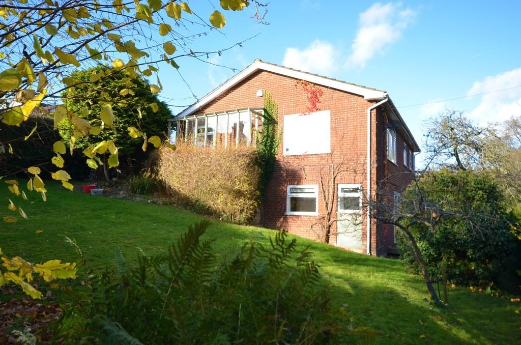 4 Bedrooms Detached House for sale in Rosemary Lane, Rowledge