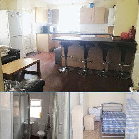 6 bedroom house to rent - 6 Bedroom Student property on Langdale Road, L15 **Half summer rent**