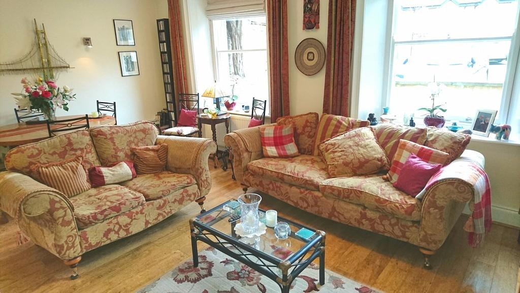 2 Bedrooms Apartment Flat for sale in High Street, Brackley