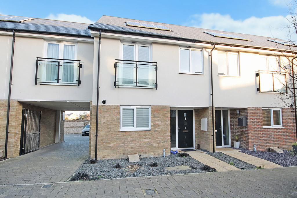 3 Bedrooms Terraced House for sale in Rainbow Square, Shoreham-by-Sea, BN43 6AX