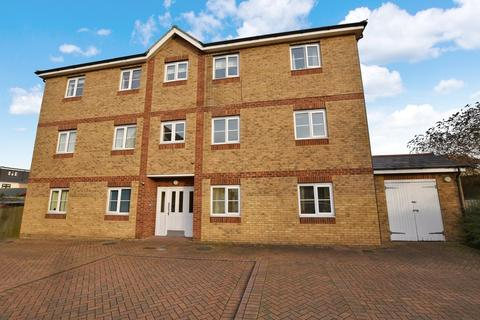 2 bedroom apartment to rent - Charles Church Walk, North Ilford