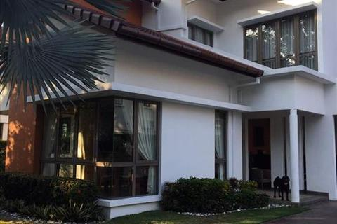 7 bedroom bungalow - Jalan Elitis Malar Hijau, Valencia Sg Buloh, Selangor