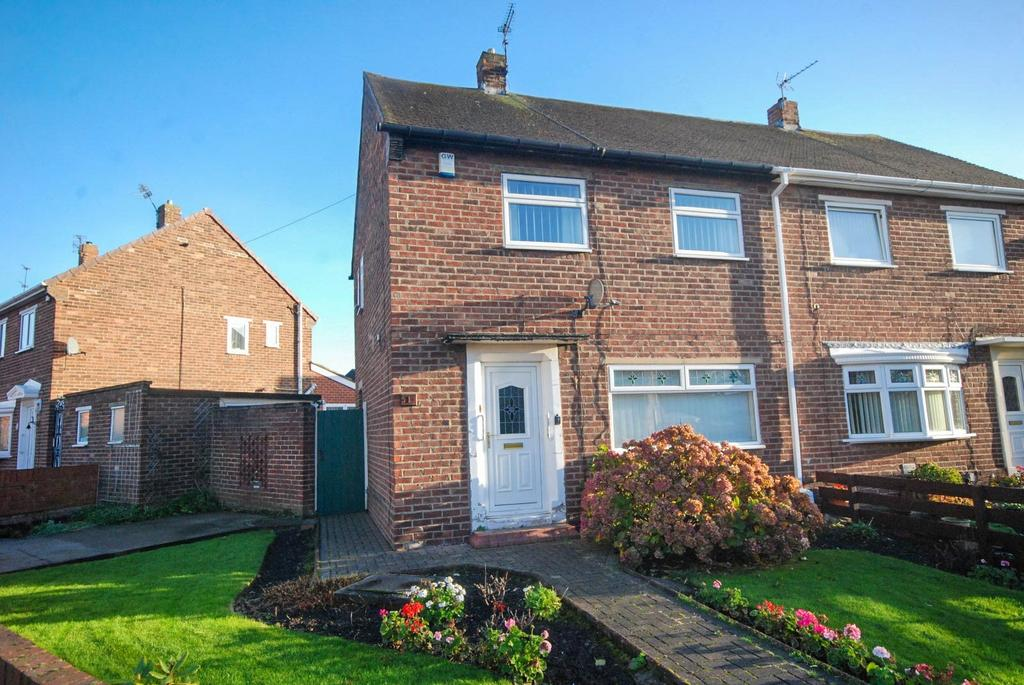 2 Bedrooms Semi Detached House for sale in Dukes Avenue, Hebburn