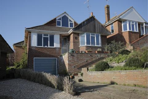 4 bedroom detached bungalow for sale - Burnham Close, Woodingdean, Brighton
