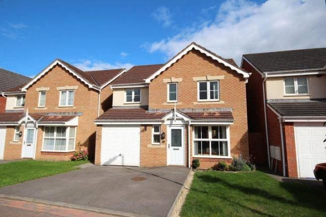 4 Bedrooms Detached House for sale in Milestone Close, Heath, Cardiff, CF14