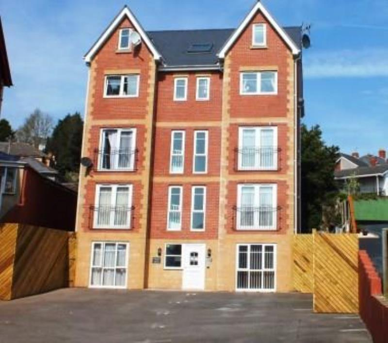 2 Bedrooms Apartment Flat for rent in Bluewood house, Newport