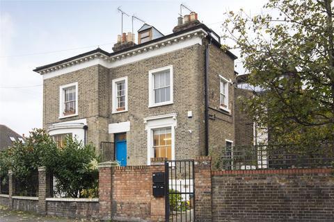 2 bedroom flat for sale - Terrace Road, Hackney, London, E9