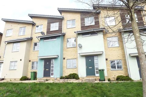 1 bedroom property to rent - Room 3, 4 Pinewood Walk