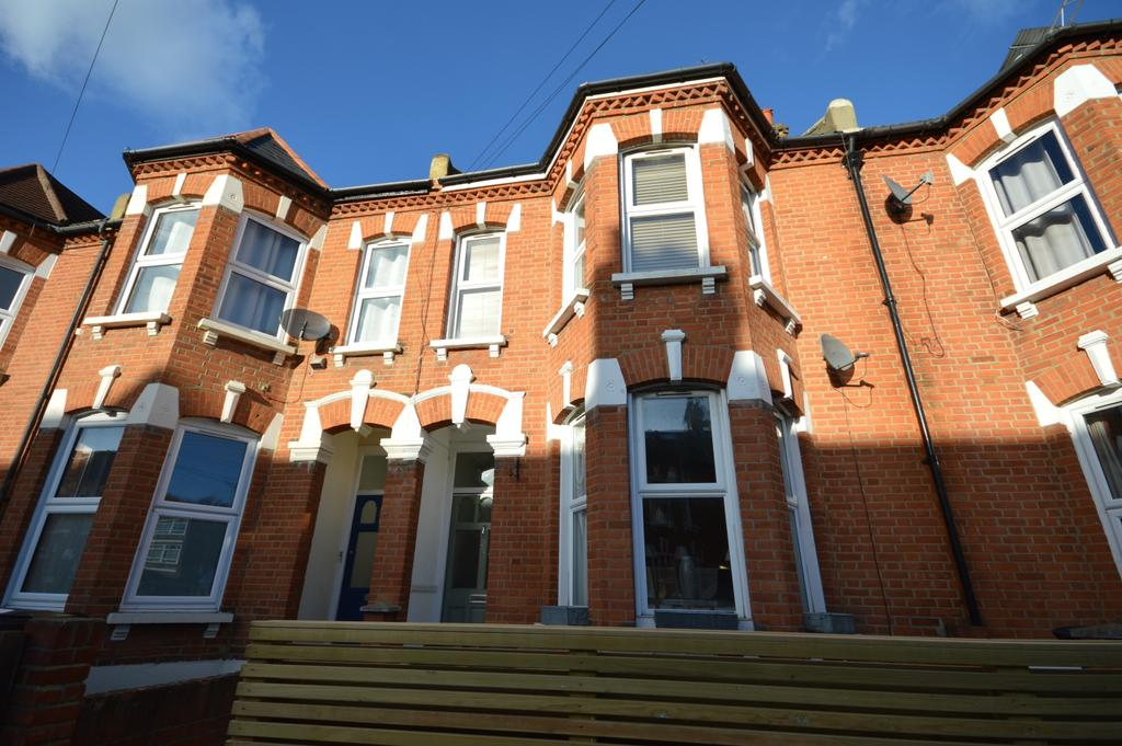 4 Bedrooms Terraced House for sale in Ackroyd Road Forest Hill SE23