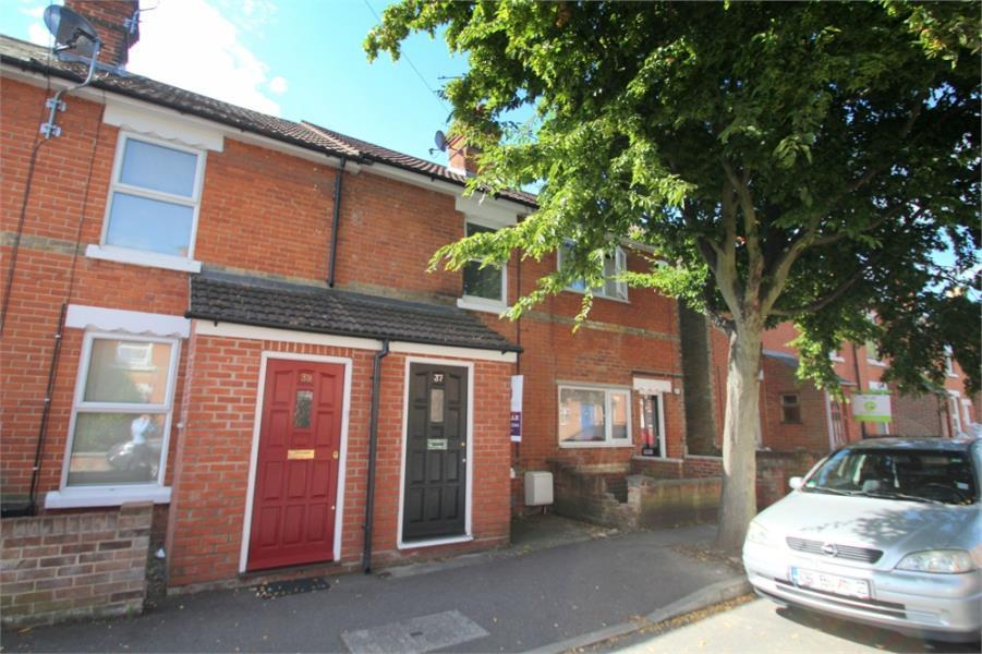 3 Bedrooms Terraced House for sale in Morant Road, Colchester, Essex