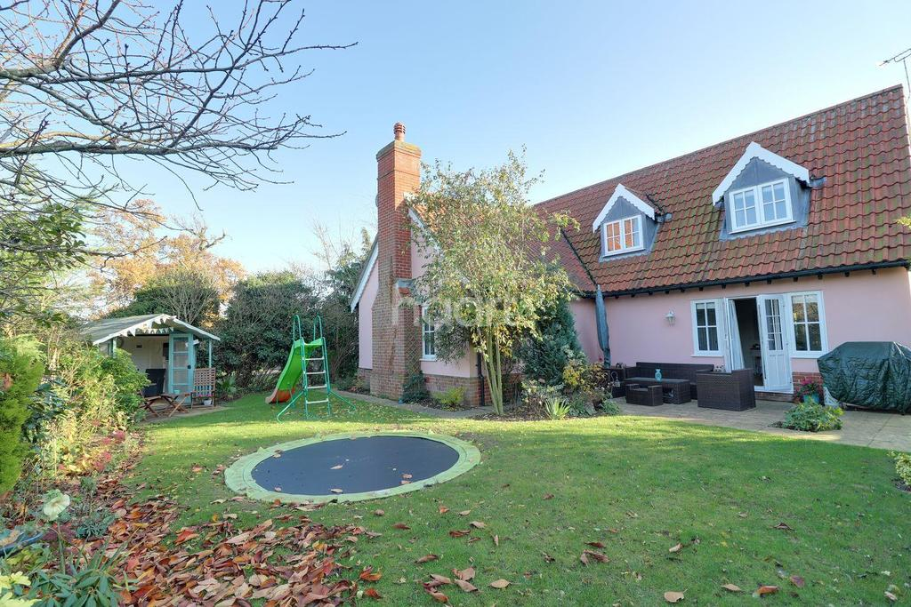 4 Bedrooms Detached House for sale in Church Meadows, Waldringfield