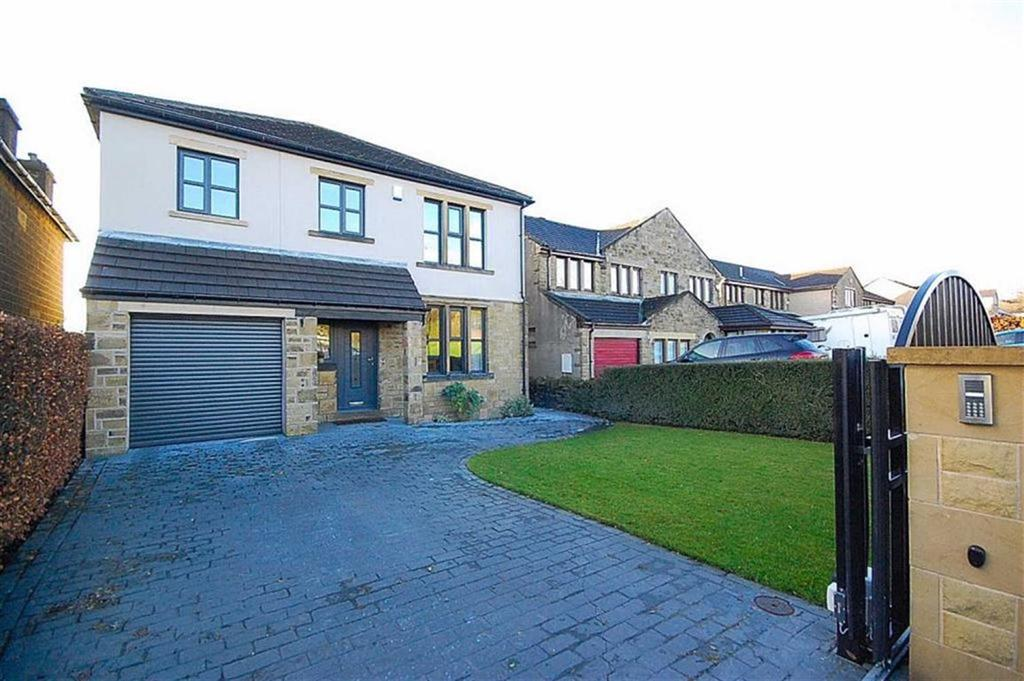 4 Bedrooms Detached House for sale in New Hey Road, Mount, Huddersfield, HD3
