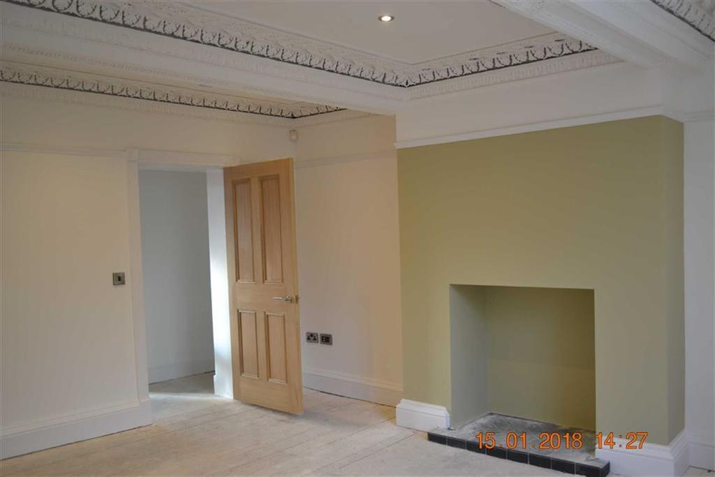 2 Bedrooms Apartment Flat for sale in Churchgate, Stockport