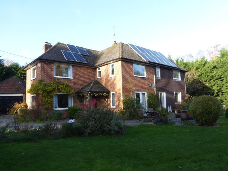 4 Bedrooms Detached House for rent in Rownhams