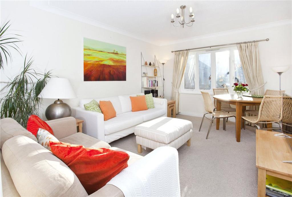 2 Bedrooms Apartment Flat for rent in Monkbridge Court, Monkgate, York, YO31
