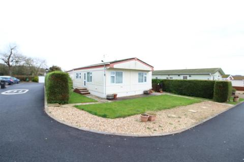 2 bedroom chalet for sale - Kingsmead Park, Swinhope, Market Rasen