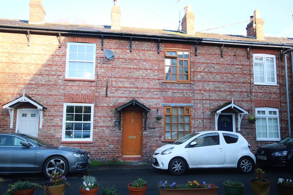 2 Bedrooms Terraced House for sale in River Street, Wilmslow