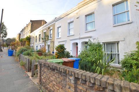 3 bedroom terraced house to rent - Lyndhurst Grove Peckham SE15