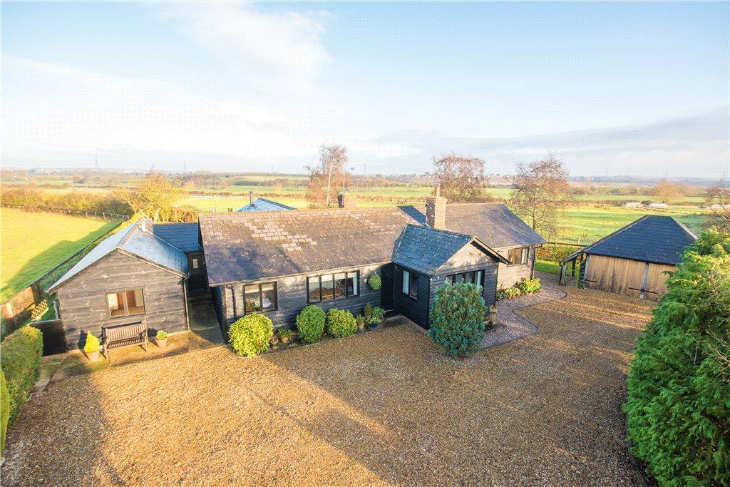 5 Bedrooms Detached House for sale in Grove, Leighton Buzzard, Buckinghamshire