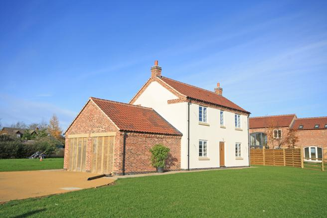 4 Bedrooms Detached House for sale in White Haven, Church Gate, Colston Bassett, Nottinghamshire NG12 3FP