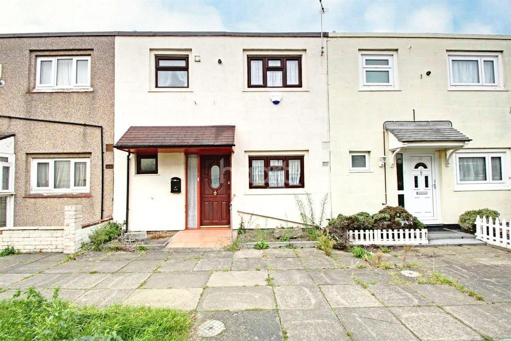 3 Bedrooms Terraced House for sale in Sturrocks, Basildon