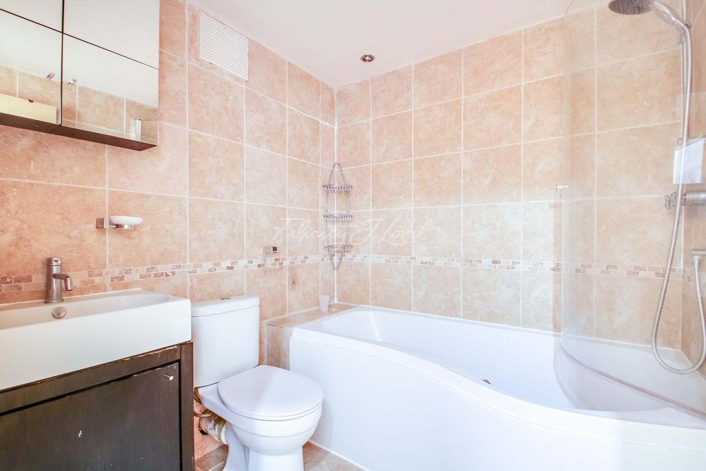 2 Bedrooms Flat for sale in Free Trade Wharf, E1W