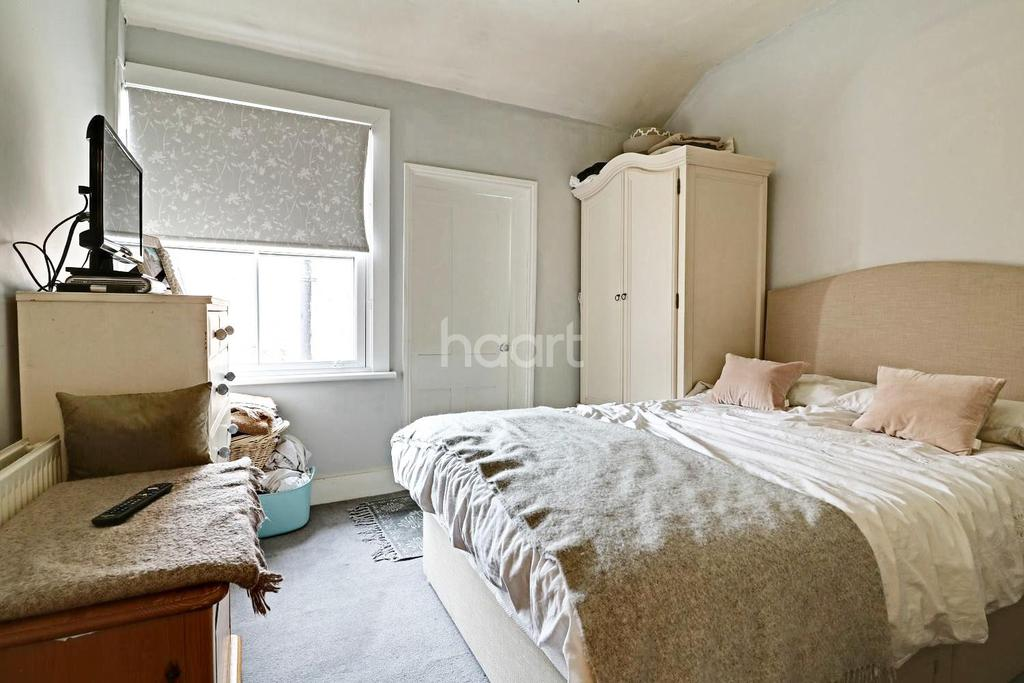 2 Bedrooms Cottage House for sale in Dene Street Gardens, Dorking