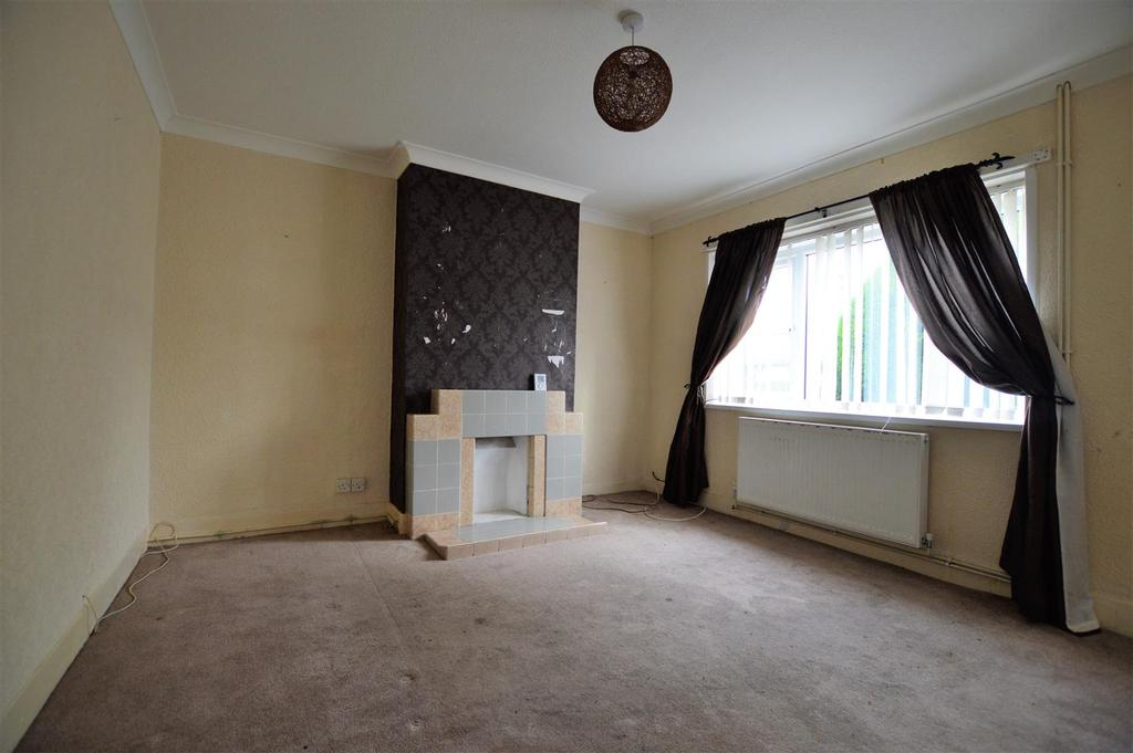3 Bedrooms End Of Terrace House for sale in Cae Glas, Llanelli
