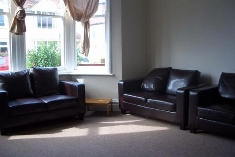 6 bedroom house share to rent - Balmoral Road, St Andrews, BRISTOL, BS7