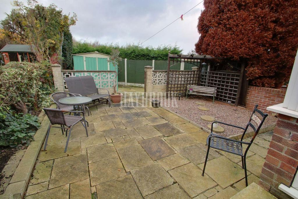 3 Bedrooms Semi Detached House for sale in Stanage Rise, Frecheville, S12