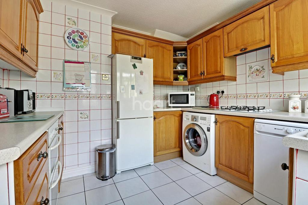3 Bedrooms Detached House for sale in Wickett Hern Road, Armthorpe, Doncaster