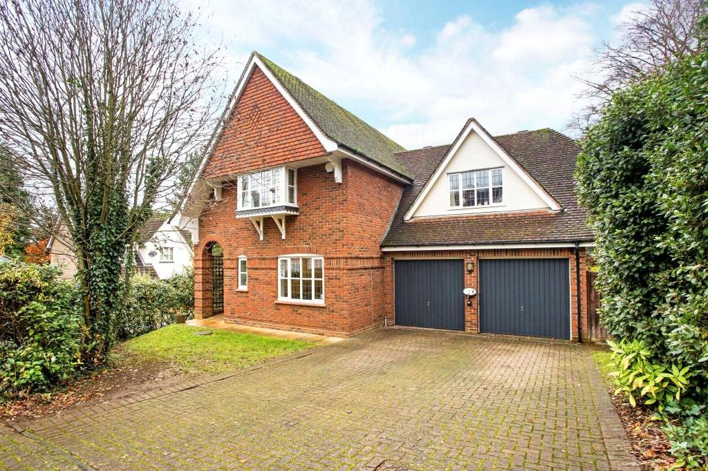 4 Bedrooms Detached House for sale in Beechcroft, Chesham Road, Berkhamsted, Hertfordshire, HP4