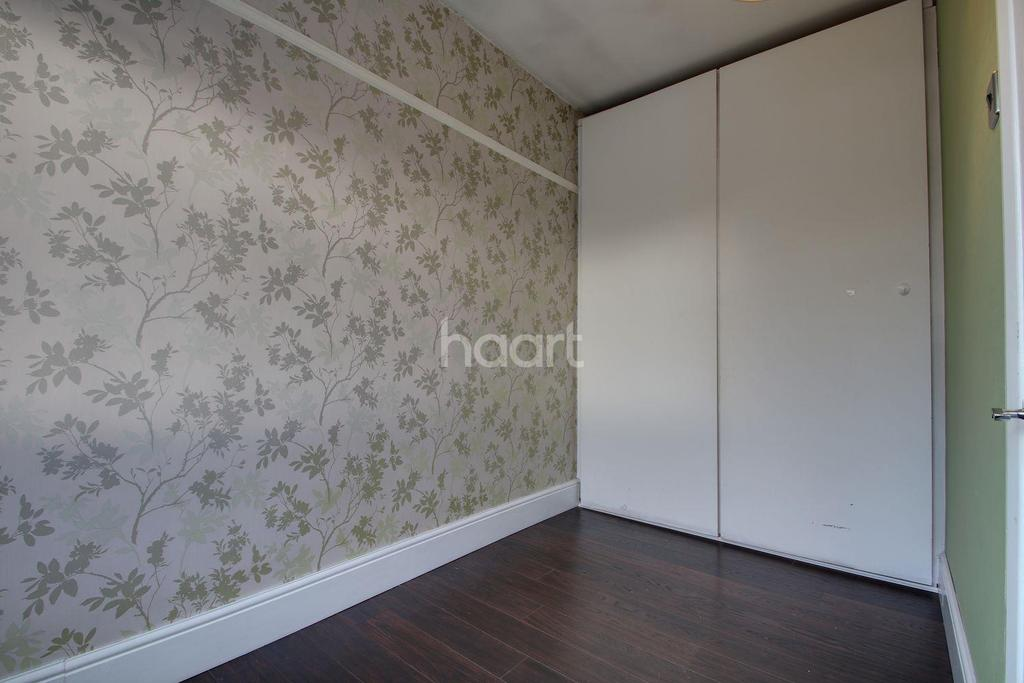 2 Bedrooms Maisonette Flat for sale in Grey Towers Avenue