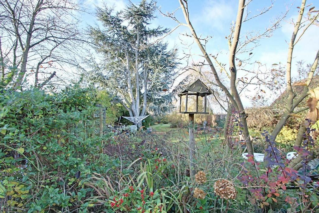 4 Bedrooms Detached House for sale in Old London Road, Ipswich