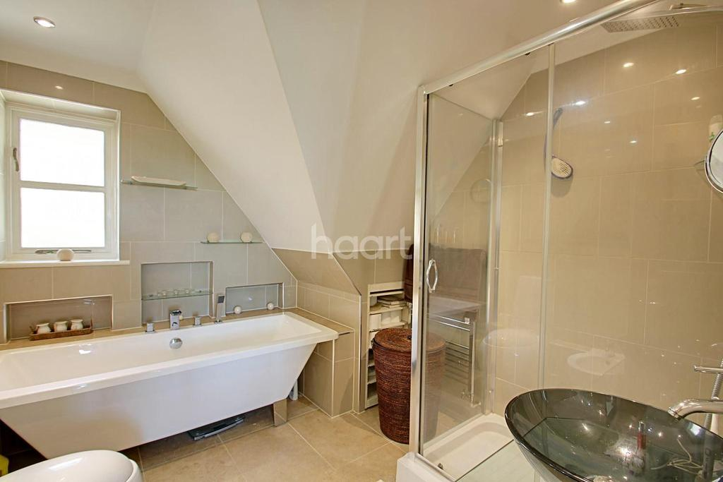 3 Bedrooms Detached House for sale in Sunningvale Avenue, Biggin Hill