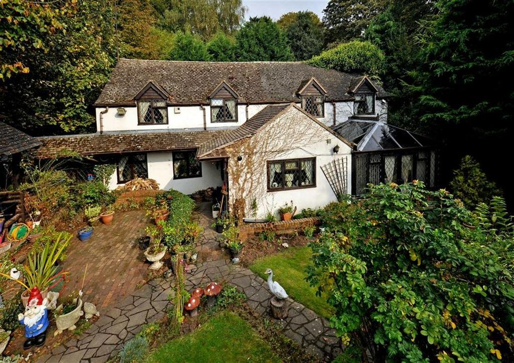 4 Bedrooms Cottage House for sale in The Old Smithy, Ryton, Nr Shifnal, Shropshire, TF11