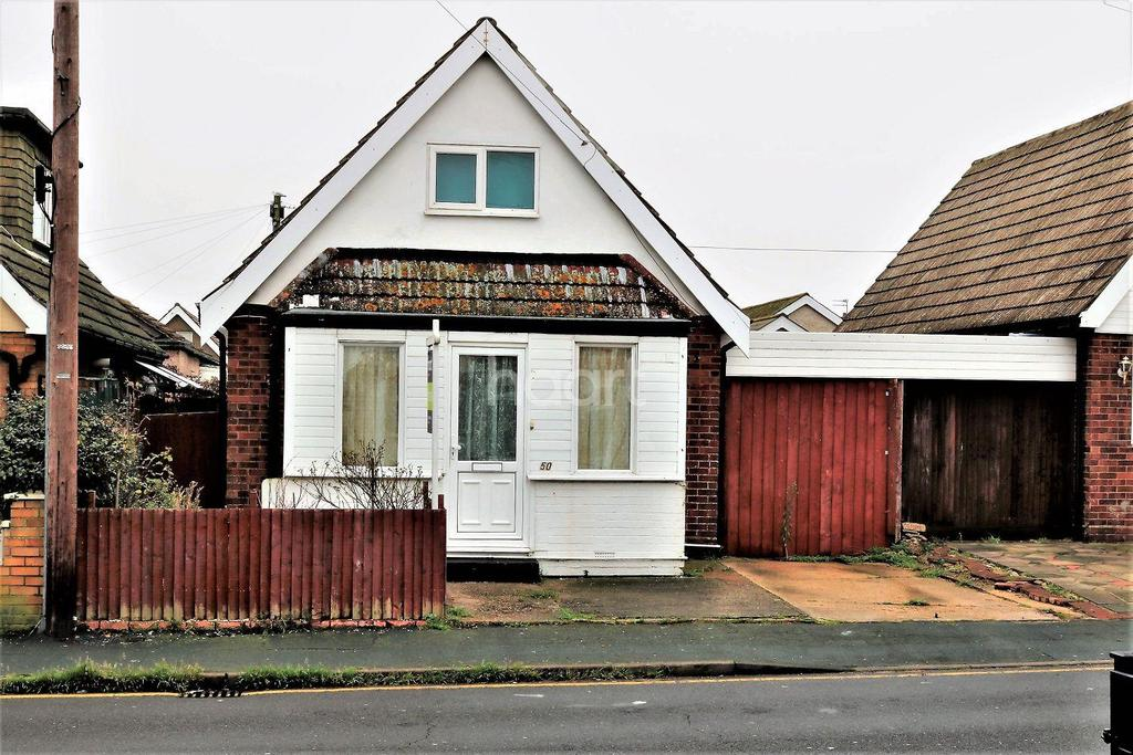 3 Bedrooms Bungalow for sale in Jaywick, Clacton-on-sea