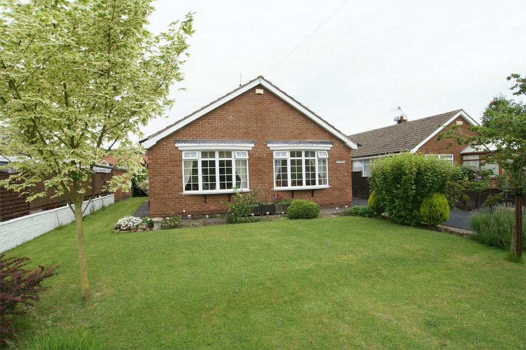3 Bedrooms Detached Bungalow for sale in Samanna, Low Street, Carlton, Goole, North Yorkshire
