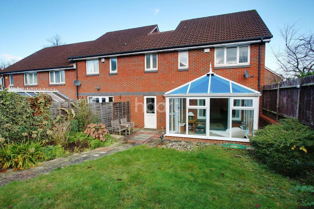 4 Bedrooms Detached House for sale in Oriole Close, Abbots Langley