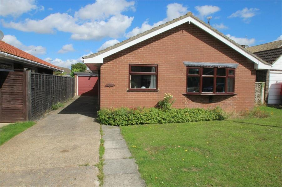 2 Bedrooms Detached Bungalow for sale in Marks Tey, COLCHESTER, Essex